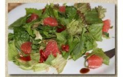 Легкий салат с грейпфрутом
