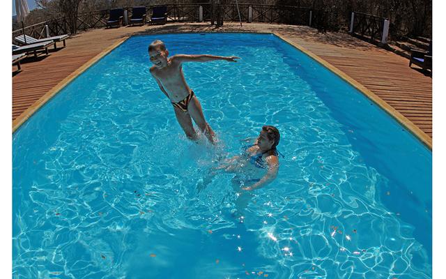 Мадагаскар – остров лемуров. Часть 3: Ну и до кучи мы в бассейне
