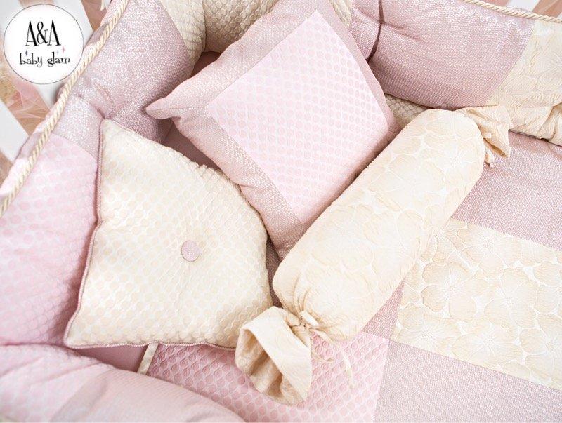 Новинки для детей в декабре: [b]Новогодний подарок для маленькой принцессы[/b]    Специально для будущих принцесс в A&A Baby Glam разработаны «девичьи» коллекции в