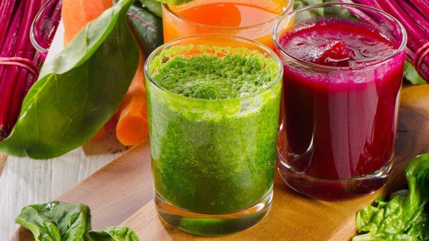 5 необычных рецептов смузи: [b]Овощной смузи с кориандром[/b]    Смузи – это не только фрукты, ягоды и зелень. Из овощей тоже может