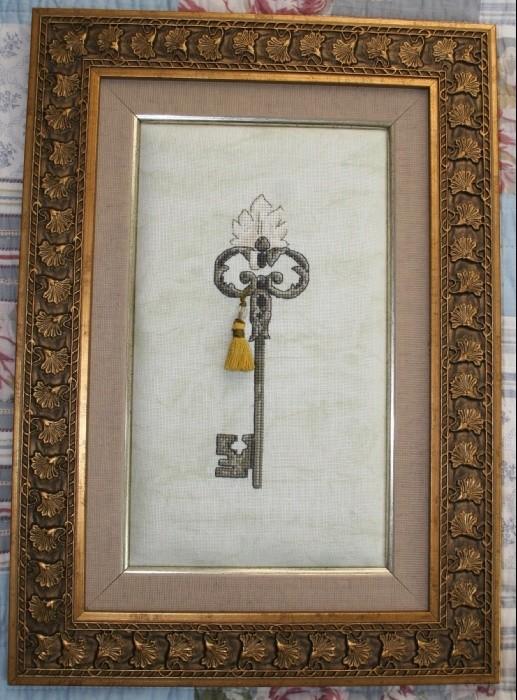 Вышивка ключ у тебя одного 247