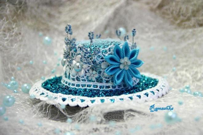Новогодние шляпки своими руками 70