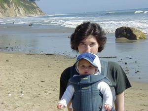 Сашка в 6 месяцев с мамой