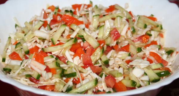 Салат из свежей капусты с помидорами с фото очень вкусный