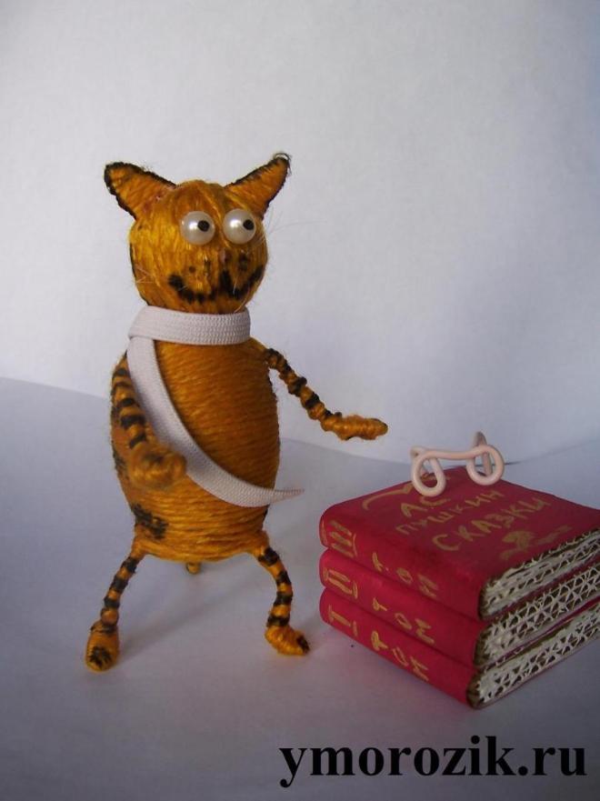 Поделка кот на цепи