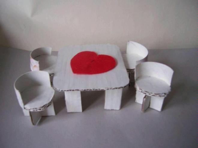 Поделки своими руками из картона мебель для кукол