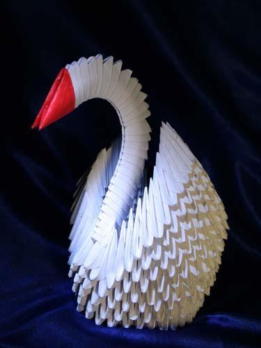 Как сделать оригами из белой бумаги лебедя