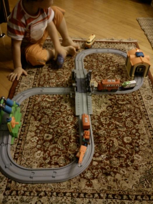 Наше прибавление - приехали интерактивные Супер поезд и Уилсон.