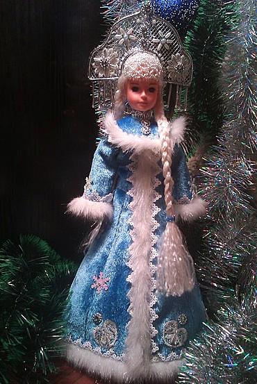 Дед мороз и снегурочка под ёлку своими
