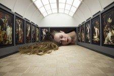 Проект «Выставь свою голову в галерее» от Tezi Gabunia