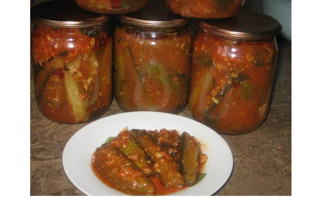 Салат из огурцов томатной пасты на зиму