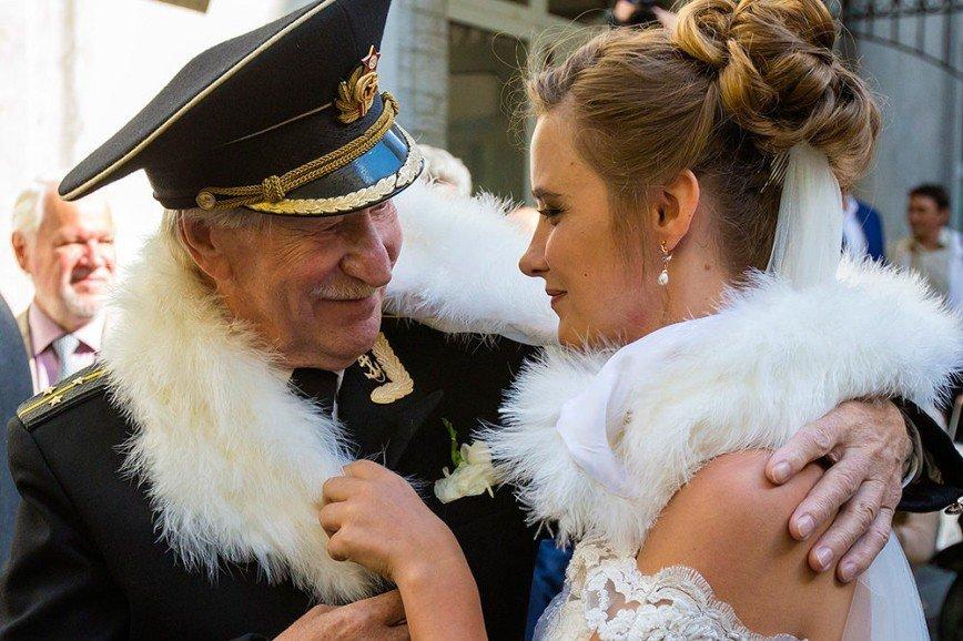 Иван краско и его молодая жена беременна 73