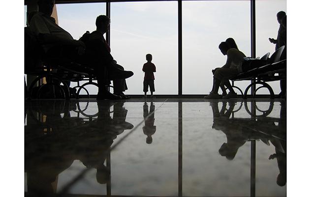 В Англии у ребёнка отняли игрушки при посадке в самолет