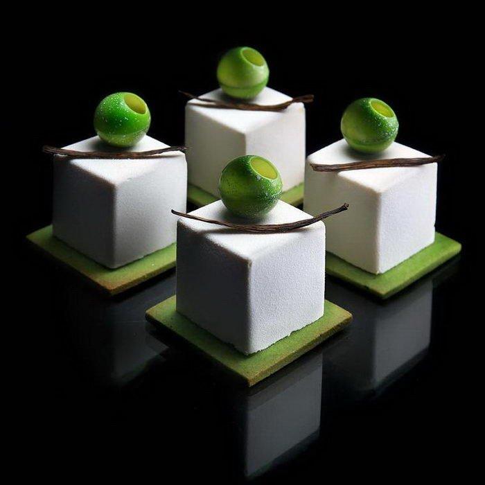 Архитектура, геометрия и торты