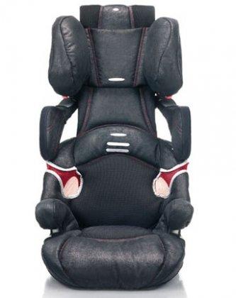 Concord Lift Evo Pt, Black, в отличном состоянии, 4000 р  Автомобильное кресло для детей от 15 до 36 кг - возрастные группы II, III.  Каркас кресла из двойного ударопрочного пластика. Эргономичная форма автокресла учитывает все анатомические особенности строения тела ребенка. Благодаря фигурной спинке боковые подушки автокресла автоматически приспосабливаются к размеру головы ребенка. Высокий уровень защиты от боковых ударов в области головы, плечей и тазовой области.   Concord lift Protect - это гармоничное сочетание безопасности, комфорта и красоты. Автокресло отмечено европейской наградой «Лучший товар».   Конструкция автокресла отвечает самым строгим требованиям европейского стандарта безопасности ECE R44/03.   Особенности автокресла Concord lift Protect Pure Collection::   - Высокая спинка полностью компенсирует отсутствие автомобильных подголовников и защищает голову и спину ребенка в случае удара сзади.  - Защита от боковых ударов в области головы и таза.  - Регулируемые по высоте боковые крылья усиливают боковую защиту;  - Направляющие для ремня с фиксатором.  - Изогнутая спинка обеспечивает наилучший охват головы крыльями подголовника.  - Удобные подлокотники.  - Свобода движений и хороший обзор.  - Новый тип системы циркуляции воздуха.  - Индивидуальная безопасность - подголовник устанавливается на 7 разных уровнях для оптимальной защиты во всех случаях.  - Встроенная ручка для переноски кресла.  - Удобные, съемные, простые в стирке чехлы с исключительно мягкой набивкой.   Возможные способы расположения автокресла в автомобиле: для группы 2 – от 15 до 25 кг – со штатным ремнем автомобиля. Для группы 3 – от 25 до 36 кг – без спинки (бустер) со штатным ремнем автомобиля.   Производитель: CONCORD (Германия).