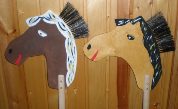 Как сделать лошадку из картона на палочке