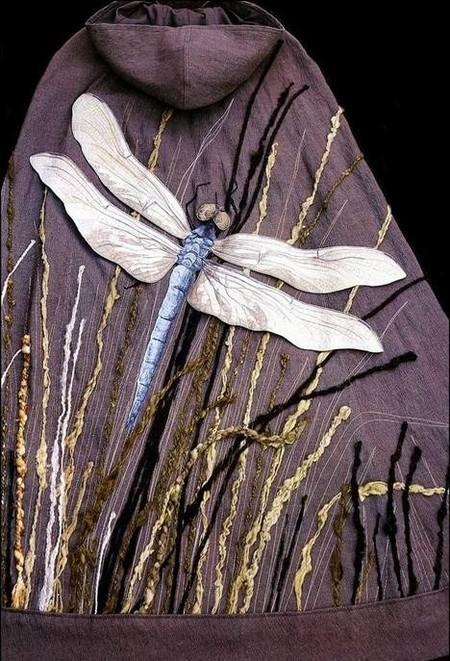 Стрекоза из ткани