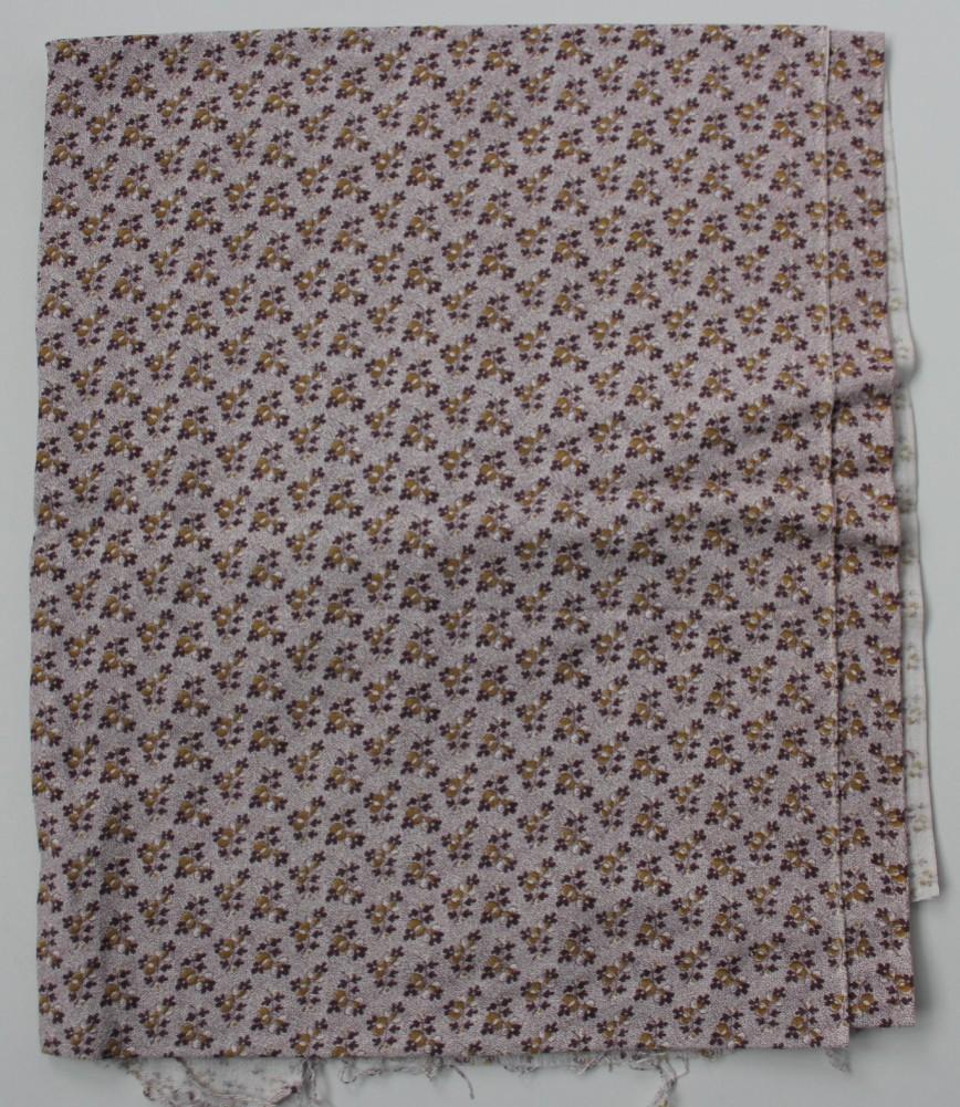 Ткань пыльно-розовая в мелкий коричневый цветочек, очень плотный хлопок. Винтаж. Размер 75*170см. 300р