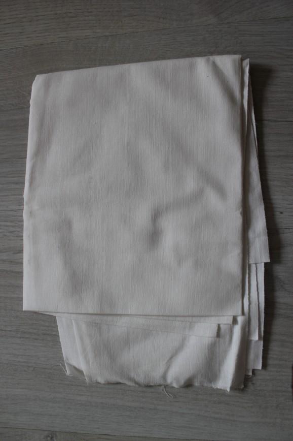Ткань хлопок, ситец типа наволочного, белая. Винтаж. Размер 80*95см. 100р