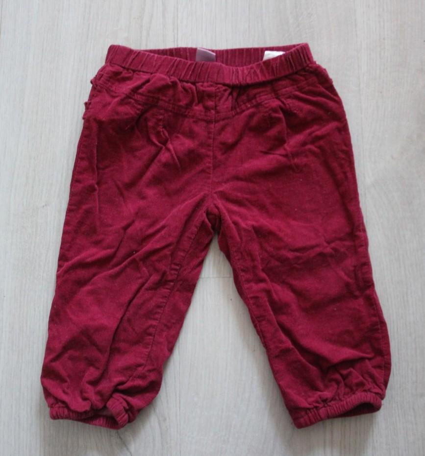 Штаны брусничного цвета DopoDopo, на 6-9мес (74см), из микровельвета, двуслойные, талия и штанины на резиночке, очень классные, надеты 2 раза, в идеале. 200р