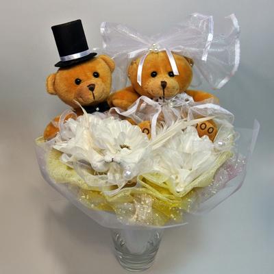 Свадебный букет из мишек