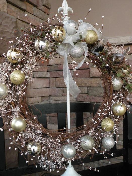 Как сделать рождественский венок?: Можете подвешивать свой рождественский венок!