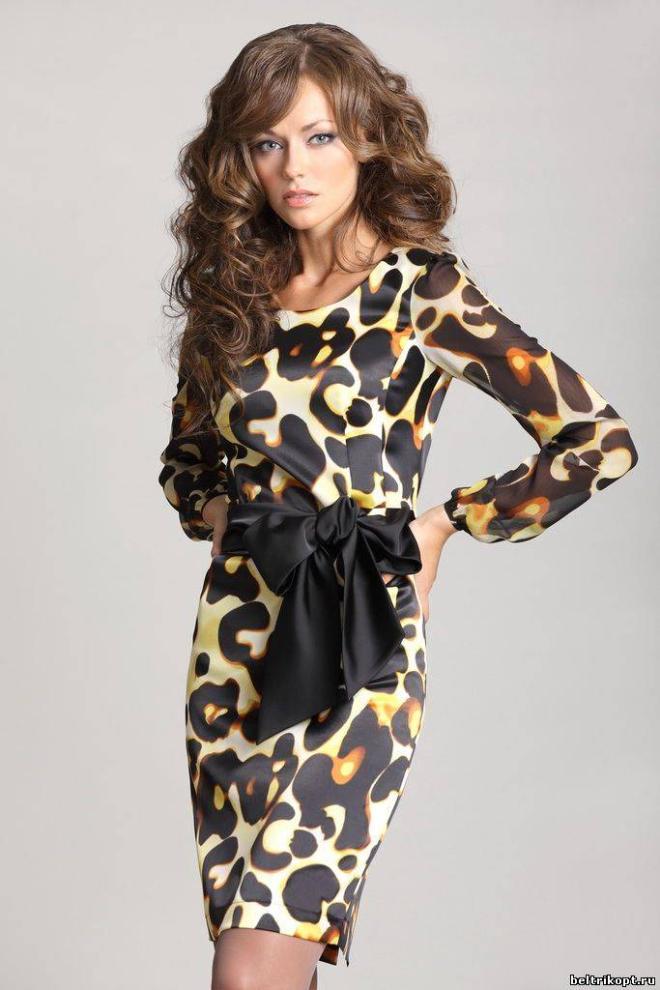 Фасон платья из леопардовой ткани