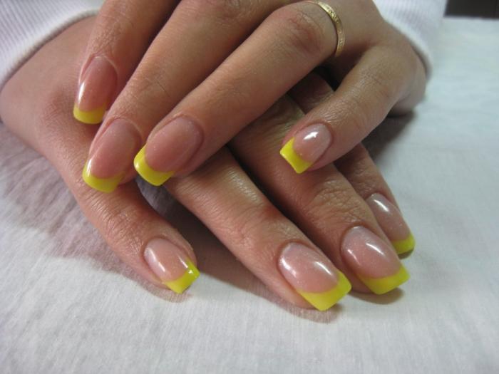 Желтый френч с дизайном