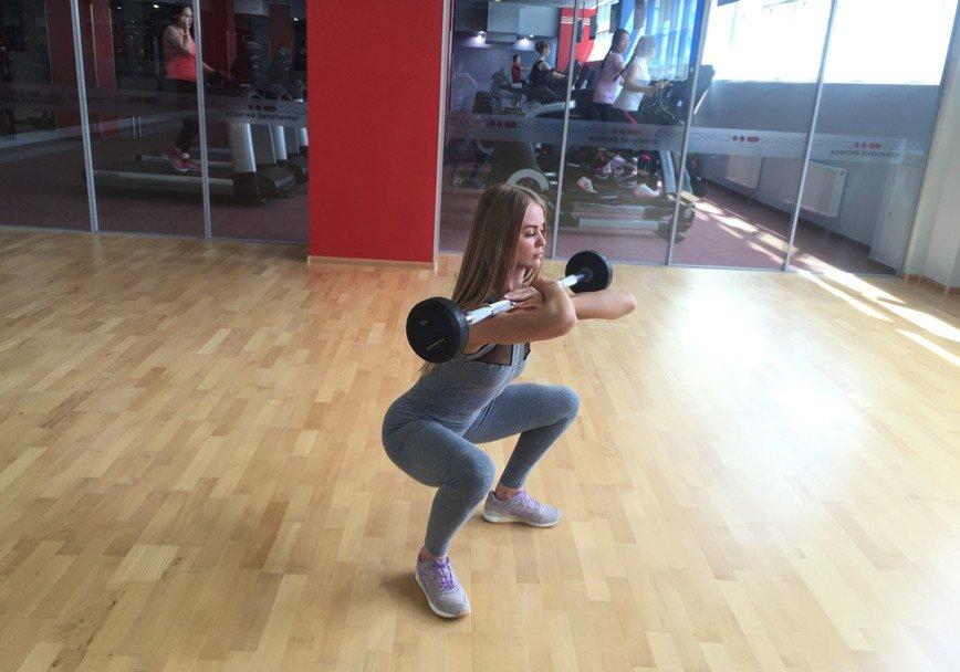 5 эффективных упражнений для ягодиц со штангой