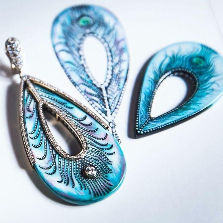 Larina. Jewellery accents – первые украшения в технике лаковой миниатюры
