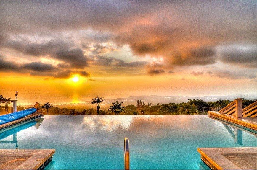 13 панорамных бассейнов в собственной вилле