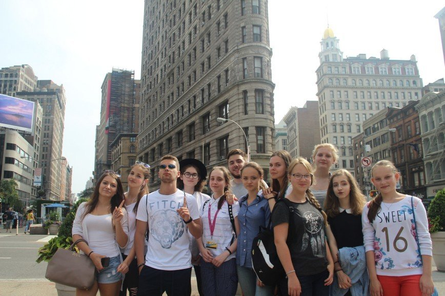 10 летних языковых школ, где учатся российские дети