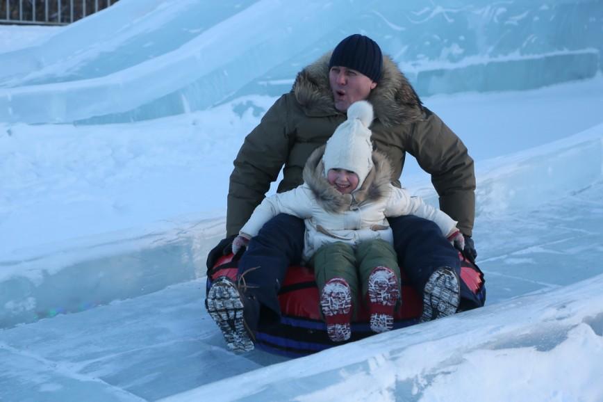 Ледовая Москва в Парке Победы продолжит работу до 29 января