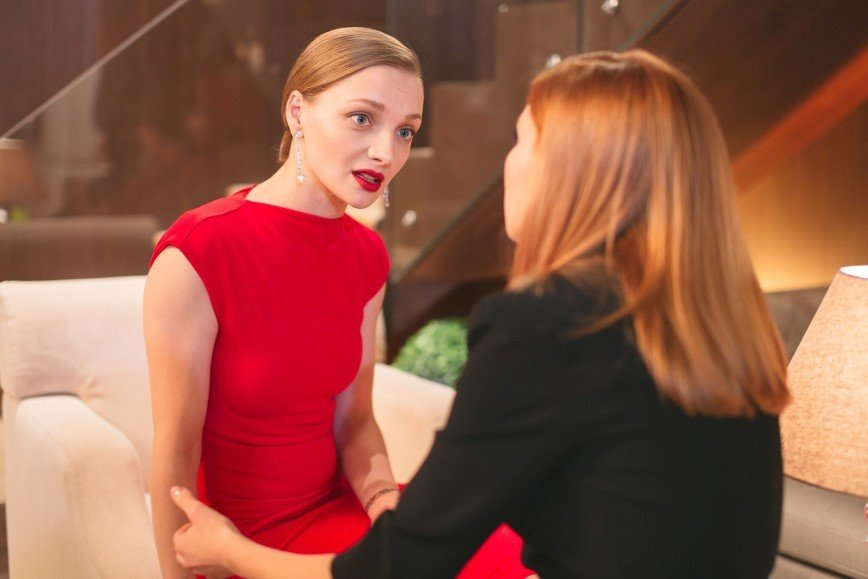 Комедийный хит СТС «Отель Элеон» получит продолжение: В новом сезоне звание «примы Элеона» вернет себе Элеонора, которая после неудачного брака решает вернуться к делам и начать новую