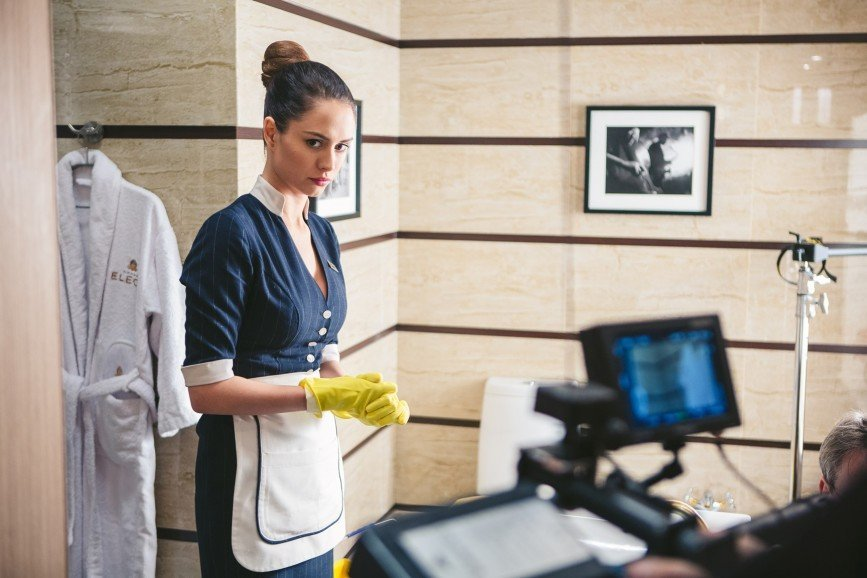 Комедийный хит СТС «Отель Элеон» получит продолжение: С сердечными делами пытается разобраться и управляющий Михаил Джекович. В попытках наладить отельную жизнь он сталкивается не только с эксцентричными