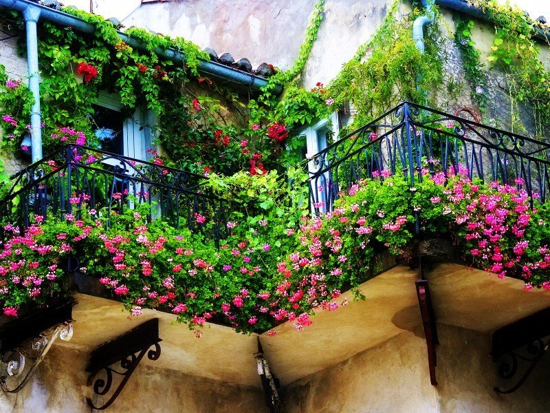 Декорируем балкон как с обложки модного журнала