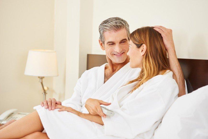 Любовник на 20 лет старше: приятно ли встречаться с дедом?