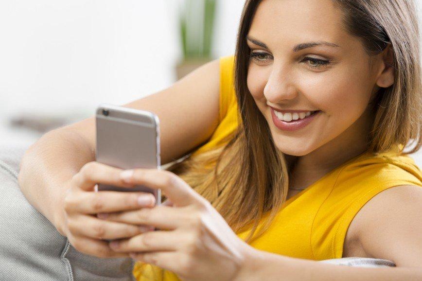 Eva.Ru – 15 лет: выиграйте смартфон Micromax