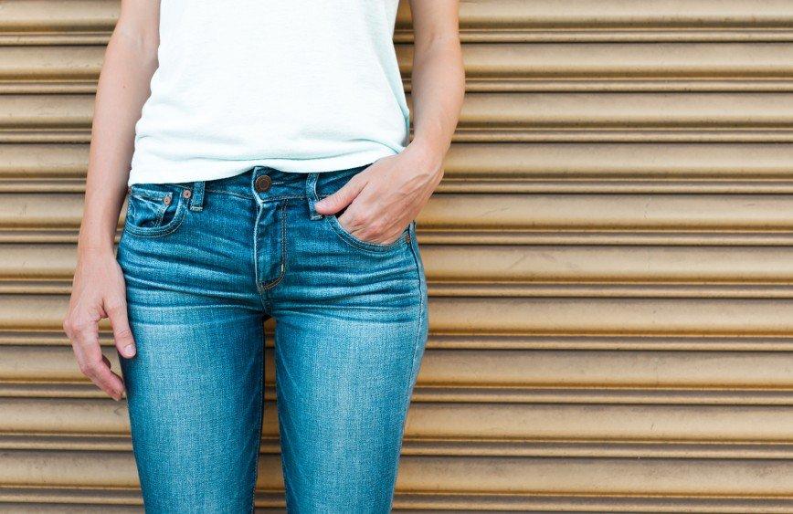 Названы три бренда, чьи джинсы соответствуют стандартам качества