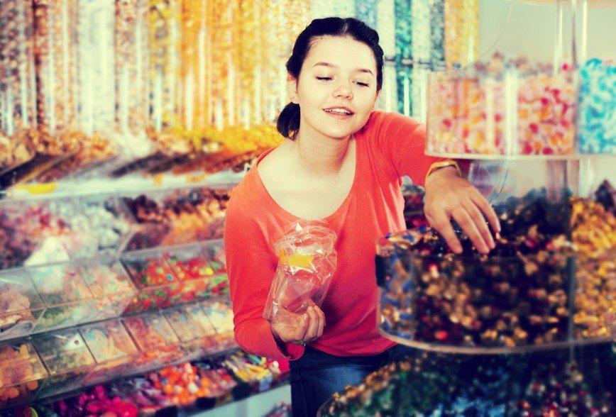 Женские секреты: как бесплатно пообедать в Ашане?