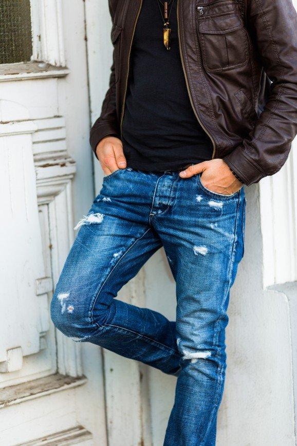Муж отказался продать штаны от Valentino, чтобы купить детям еды