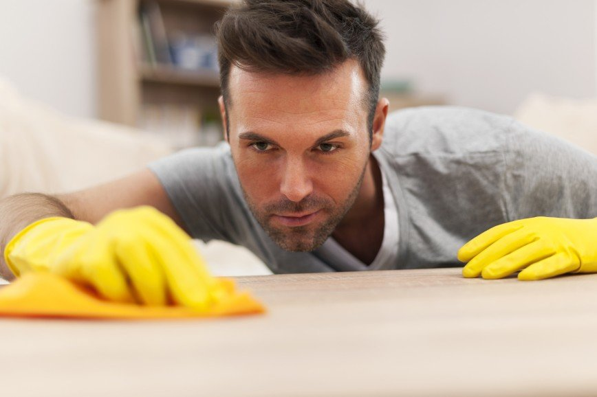 Россиянки не доверяют мужчинам работу по дому
