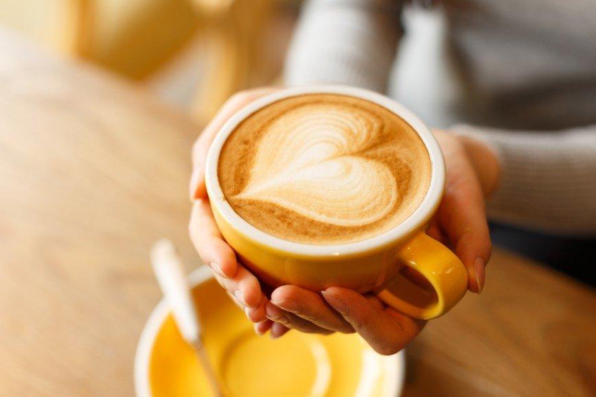 Почему в День святого Валентина нужно идти пить кофе?