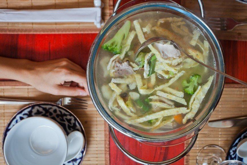Семейный суп Гья-Кок