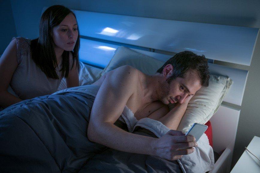 Смотреть фильм жена изменяет с другом Вам