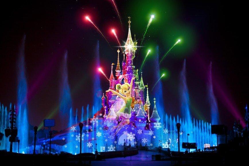 Disneyland® Париж приглашает встретить Новый год и Рождество