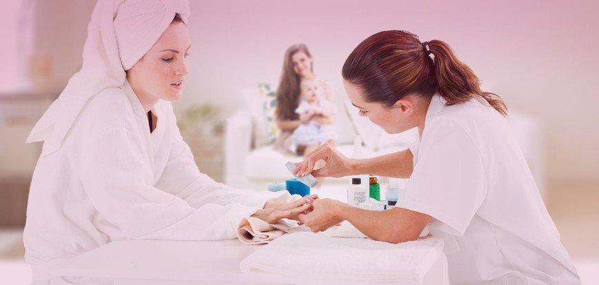 Реальность и мифы о маникюре беременных: [b]Уход за ногтями в период беременности – на что обращаем внимание[/b]    Ухоженные ногти на руках и ногах
