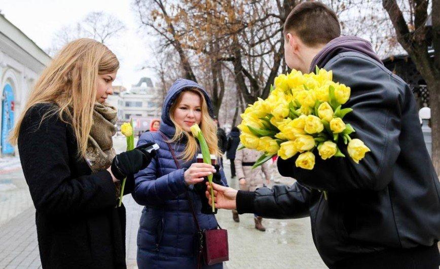День красоты и цветов в саду «Эрмитаж»