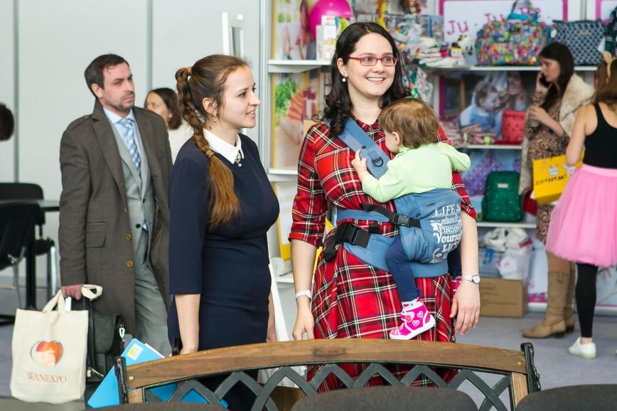 Многоразовые подгузники и беговелы не вызывают интереса у российских мам