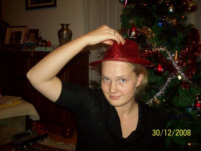 и маме досталась шапоШка